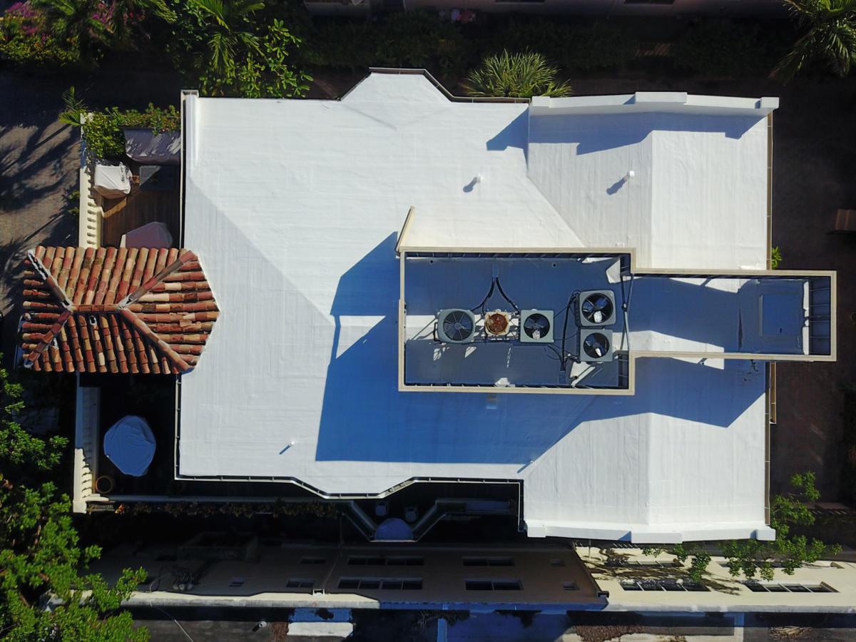 Roofer-Miami-Beach-Roof-Coat-2